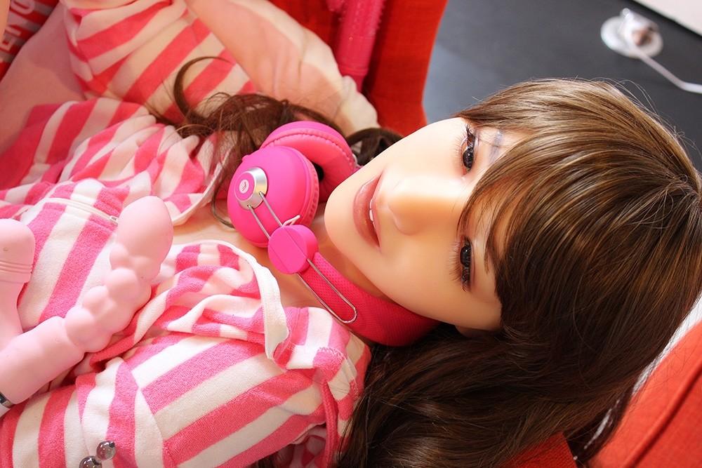 พาชมงานนิทรรศการตุ๊กตายาง(Love Doll) ที่ญี่ปุ่น