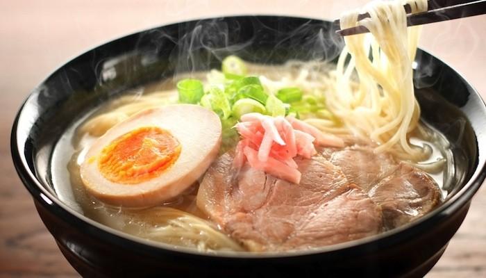 ตะลุยชิม ร้านราเมงและซุปแกงกะหรี่ชื่อดังของฮอกไกโด!!