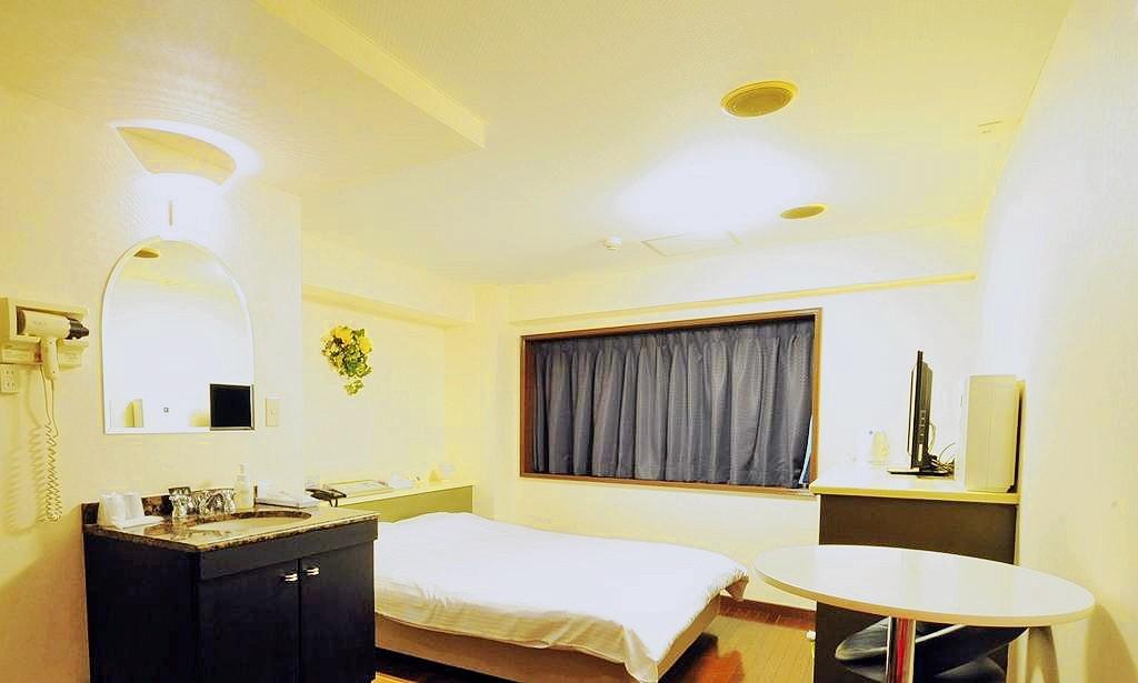 รีวิว Hotel L ที่พักย่านสงบติดสถานี ณ แดนโตเกียว